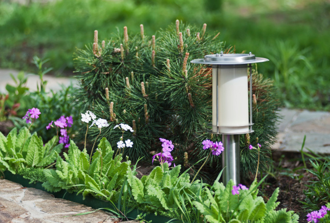 Use outdoor solar lights to reduce costs without compromising safety